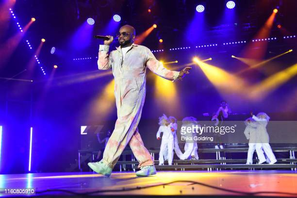 Jermaine Dupri performs during the 2019 ESSENCE Festival at the MercedesBenz Superdome on July 07 2019 in New Orleans Louisiana