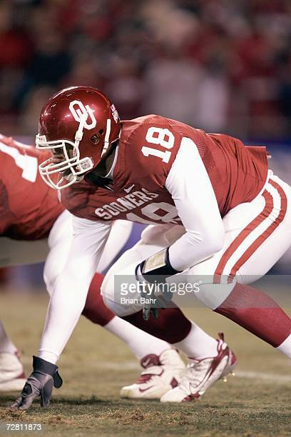 Jermaine Gresham of the Oklahoma Sooners gets ready to move at the snap against the Nebraska Cornhuskers during the 2006 Dr Pepper Big 12...