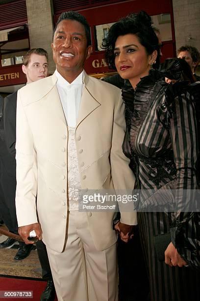 "Jermaine Jackson , Begleitung , Charity-Veranstaltung, 10. ""Unesco-Benefiz-Gala"", Köln, Nordrhein-Westfalen, Deutschland, Europa, ""Maritim"" Hotel,..."
