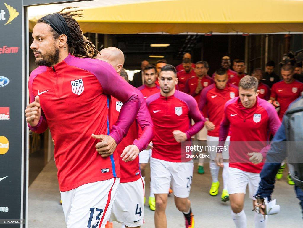 United States v Ecuador: Quarterfinal - Copa America Centenario : News Photo