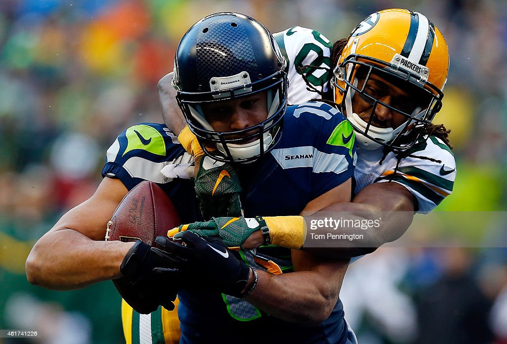 Jermaine Kearse #15 of the Seattle Seahawks catches a 35 yard game-winning touchdown in overtime against the Green Bay Packers during the 2015 NFC Championship game at CenturyLink Field on January 18, 2015 in Seattle, Washington.