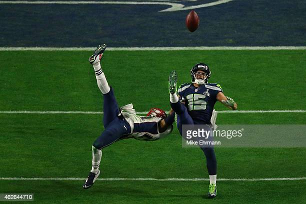 Jermaine Kearse of the Seattle Seahawks makes a catch against Malcolm Butler of the New England Patriots in the fourth quarter during Super Bowl XLIX...