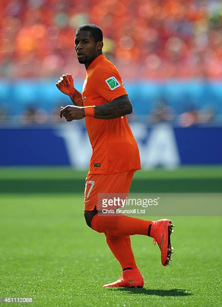 Jermaine Lens of the Netherlands in action during the 2014 FIFA World Cup Brazil Group B match between Netherlands and Chile at Arena de Sao Paulo on...