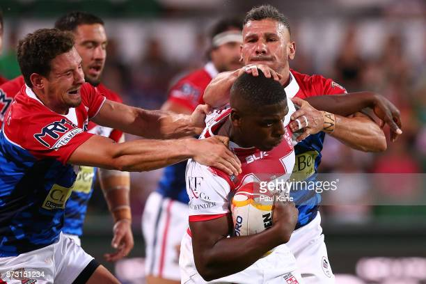 Jermaine McGillvary of England runs the ball during the 2017 Rugby League World Cup match between England and France at nib Stadium on November 12...