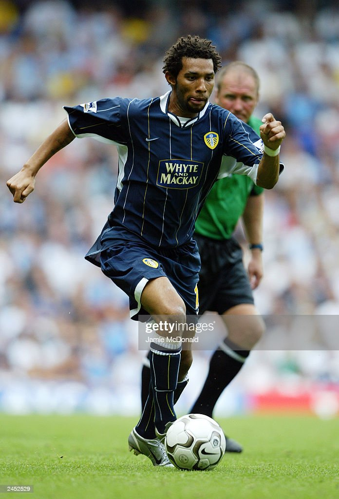Jermaine Pennant of Leeds United runs with the ball during the FA Barclaycard Premiership match between Tottenham Hotspur and Leeds United held on August 23, 2003, at White Hart Lane, in London. Tottenham Hotspur won the match 2-1.