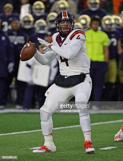 Jerod Evans of the Virginia Tech Hokies passes against the Notre Dame Fighting Irish at Notre Dame Stadium on November 19 2016 in South Bend Indiana