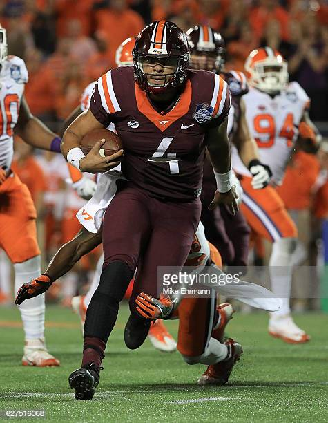 Jerod Evans of the Virginia Tech Hokies rushes during the ACC Championship against the Clemson Tigers on December 3 2016 in Orlando Florida