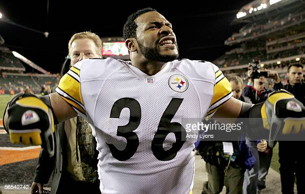Jerome Bettis of the Pittsburgh Steelers celebrates as he walks off the field after defeating the Cincinnati Bengals in the AFC Wild Card Playoff...