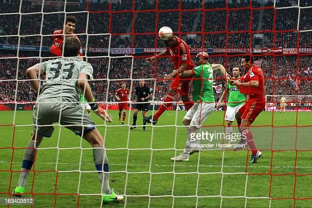Jerome Boateng of Muenchen scores the winning goal during the Bundesliga match between FC Bayern Muenchen and Fortuna Duesseldorf 1895 at Allianz...