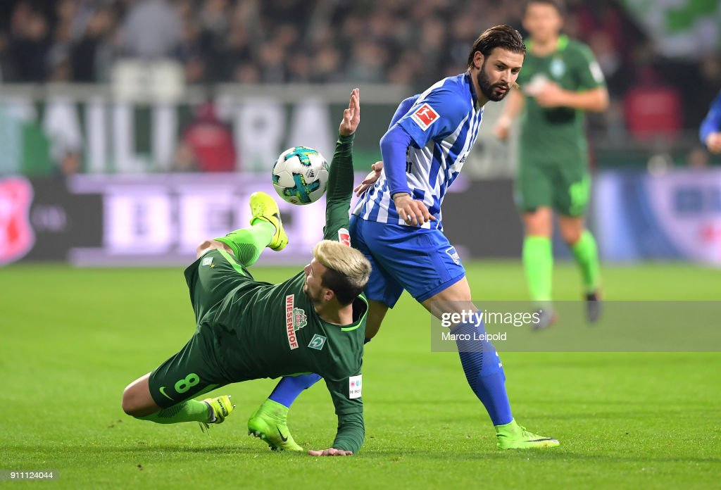 Jerome Gondorf of Werder Bremen and Marvin Plattenhardt of Hertha BSC during the game between SV Werder Bremen and Hertha BSC on january 27, 2018 in Bremen, Germany.