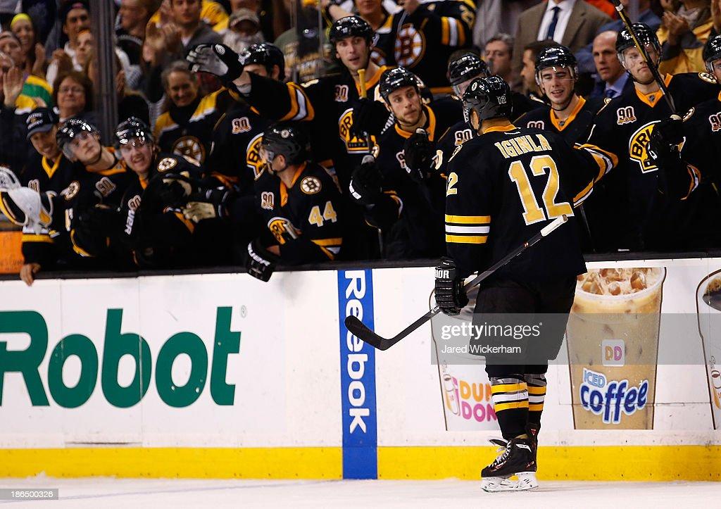 Anaheim Ducks v Boston Bruins : News Photo