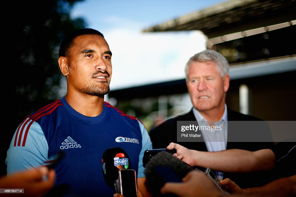Jerome Kaino (L) and New Zealand Rugby CEO Steve Tew (R) during a Blues Super Rugby press conference at Unitec on March 31, 2015 in Auckland, New Zealand. Jerome Kaino today announced that he has committed himself for the next three years to New Zealand Rugby, the Blues and Auckland Rugby.