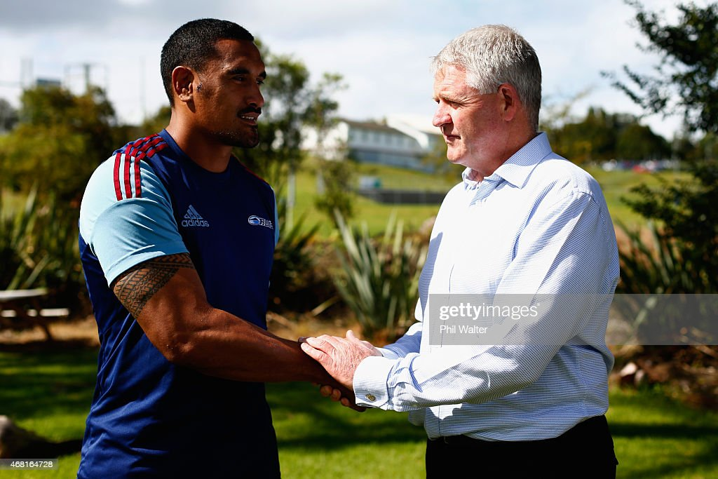 Jerome Kaino (L) and New Zealand Rugby CEO Steve Tew (R) following a Blues Super Rugby press conference at Unitec on March 31, 2015 in Auckland, New Zealand. Jerome Kaino today announced that he has committed himself for the next three years to New Zealand Rugby, the Blues and Auckland Rugby.
