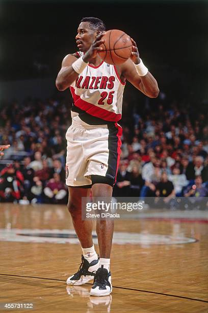 Jerome Kersey of the Portland Trail Blazers passes the ball circa 1995 at the Veterans Memorial Coliseum in Portland Oregon NOTE TO USER User...