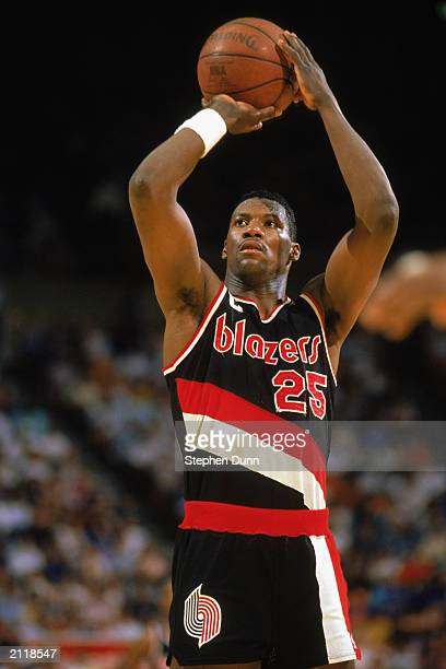 Jerome Kersey of the Portland Trail Blazers shoots a free throw during the 19881989 NBA season game