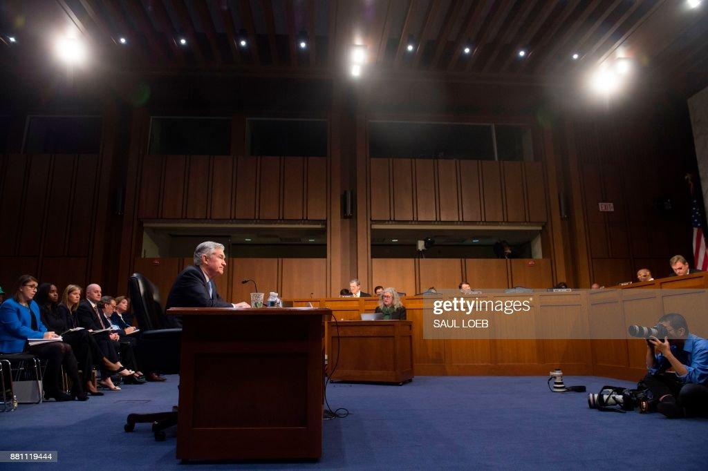 US-POLITICS-ECONOMY-CONGRESS-banking : News Photo