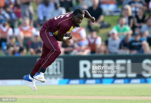 TOPSHOT Jerome Taylor of the West Indies bowls during the third Twenty20 international cricket match between New Zealand and the West Indies at Bay...