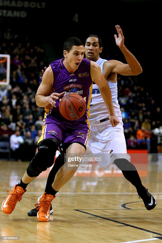 Jeromie Hill of the Sydney Kings drives down court during the NBL pre-season match between the New Zealand Breakers and the Sydney Kings at Stadium Southland on September 11, 2015 in Invercargill, New Zealand.