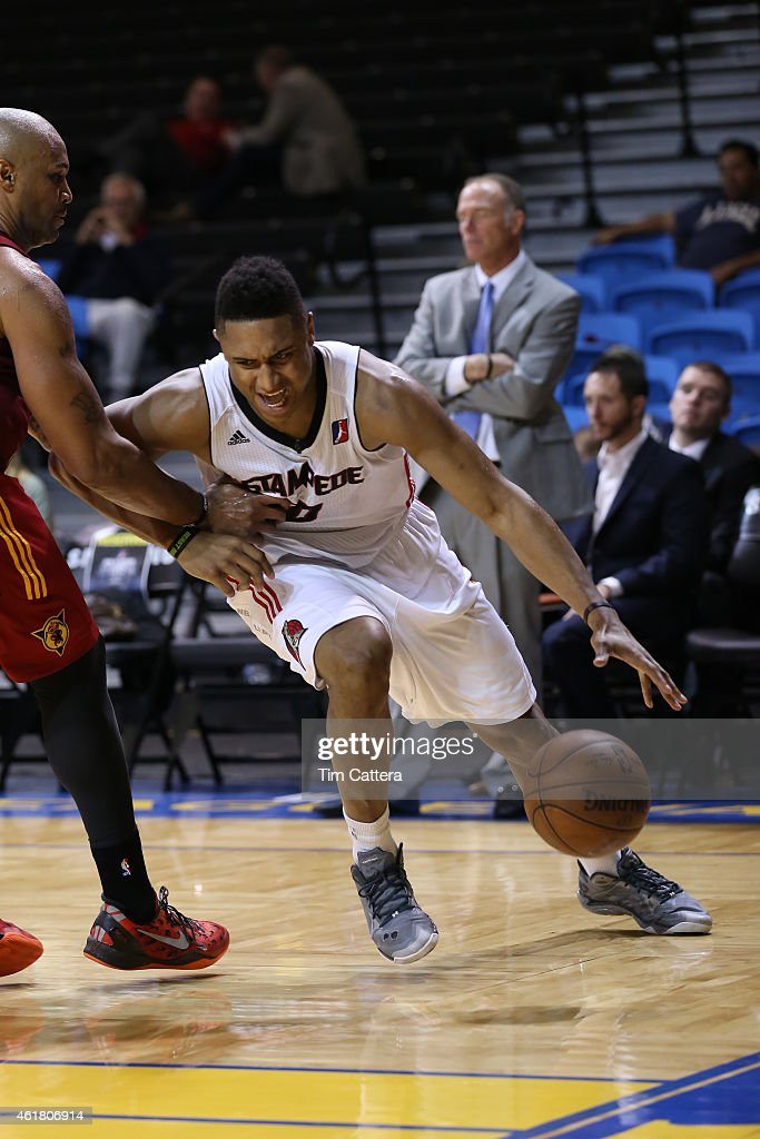Jerrelle Benimon #50 of the Idaho Stampede dribbles the ball against the Fort Wayne Mad Ants during the NBA D-League Showcase game on January 19, 2015 at Kaiser Permanente Arena in Santa Cruz, California.