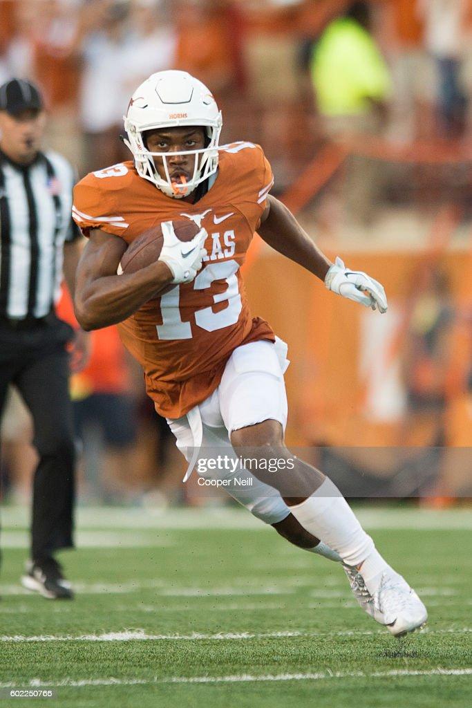 UTEP v Texas : News Photo