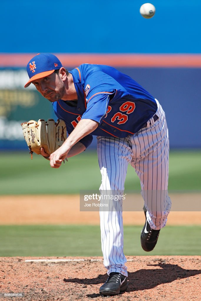 Jerry Blevins #39 of the New York Mets throws a warm up pitch prior to the fifth inning of a Grapefruit League spring training game against the Miami Marlins at Tradition Field on March 22, 2017 in Port St. Lucie, Florida. The Marlins defeated the Mets 15-9.