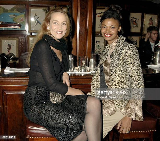 Jerry Hall and guest attend an exclusive dinner and auction hosted by Bella Freud to benefit the HOPING Foundation at Annabel's Club on May 15 2006...