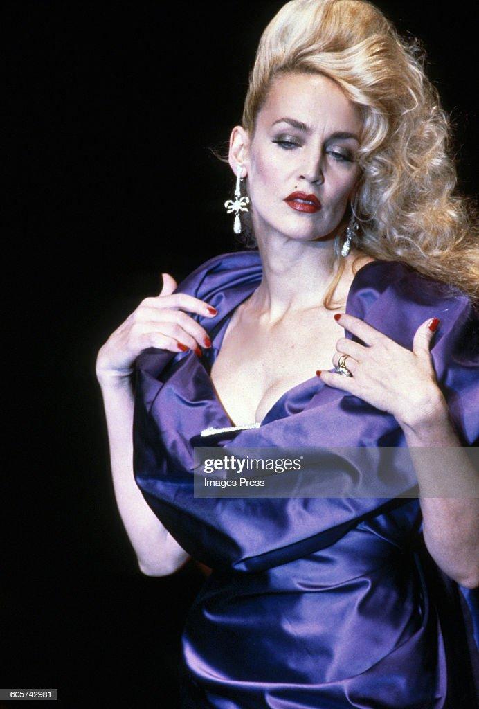Contemporáneo Vivienne Westwood Vestidos De Dama De Honor Componente ...