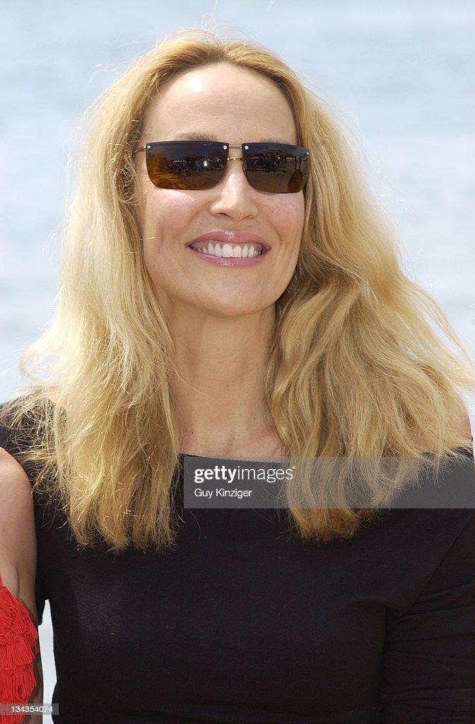 Cannes 2002 - Jerry Hall Launches a New Swimwear Collection on the Beach