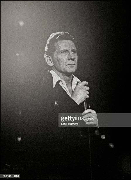 Jerry Lee Lewis performing on stage This concert recorded at London's Hammersmith Apollo in 1989 features 'the killer' in performances of his classic...