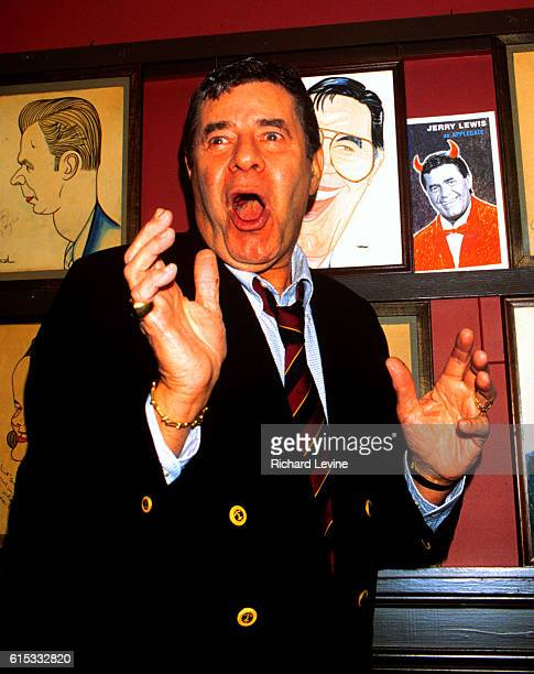 """Jerry Lewis appears at Sardi's Restaurant to promote his appearance as the character Applegate in the Broadway production of """"Damn Yankees"""" on..."""
