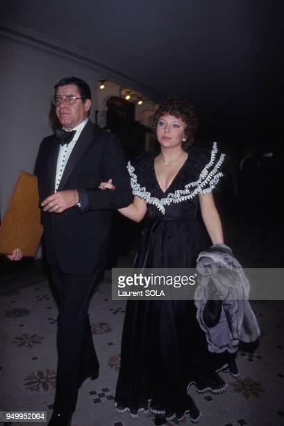 Jerry Lewis et son épouse SanDee Pitnick lors de la soirée Van Cleef à l'Opéra le 2 mai 1983 à Paris France