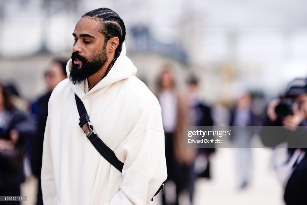 Street Style - Paris Fashion Week - Menswear F/W 2019-2020 : Day Three : Nyhetsfoto
