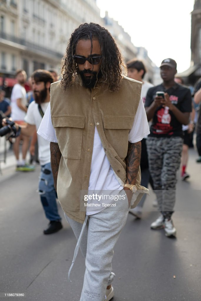 Celebrity Sightings : Paris Fashion Week - Menswear Spring/Summer 2020 : Day Six : News Photo