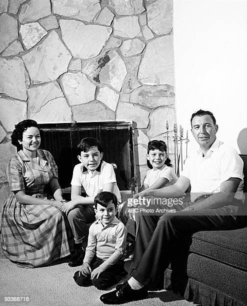 BEAVER Jerry Mathers at Home 12/30/60 Jerry Mathers Family