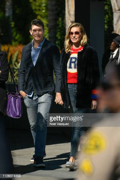 Jerry O'Connell and Rebecca Romijn visit Extra at Universal Studios Hollywood on February 08 2019 in Universal City California