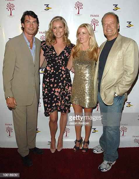 Jerry O'Connell Rebecca Romijn Camille Grammer and Kelsey Grammer