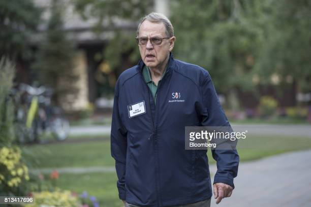 Jerry Reinsdorf owner of the Chicago Bulls and Chicago White Sox arrives for a morning session during the Allen Co Media and Technology conference in...