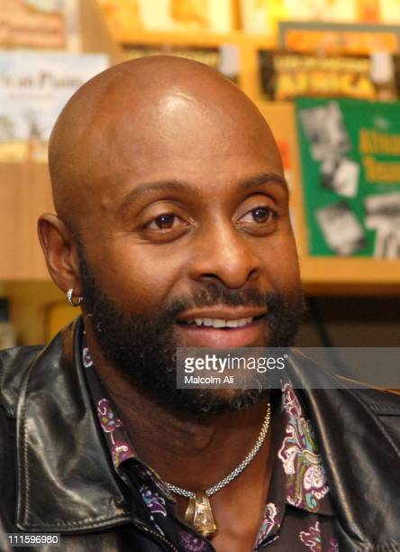 Jerry Rice during Former NFL Star Jerry Rice Book Signing of 'Go Long' at Eso Won Bookstore in Los Angeles January 23 2007 at Eso Won Bookstore in...