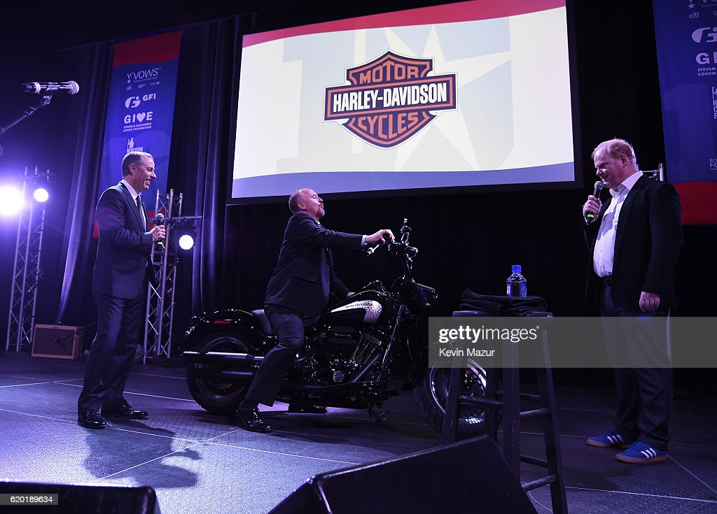 Jerry Seinfeld, Jim Gaffigan, Louis C.K. speak on stage as The New York Comedy Festival and The Bob Woodruff Foundation present the 10th Annual Stand Up for Heroes event at The Theater at Madison Square Garden on November 1, 2016 in New York City.