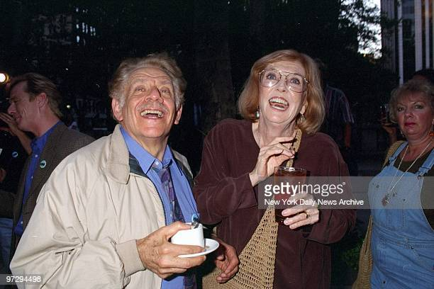 Jerry Stiller and wife Anne Meara attending premiere of Subway Stories Tales From the Underground at Bryant Park Stiller is in the TV movie