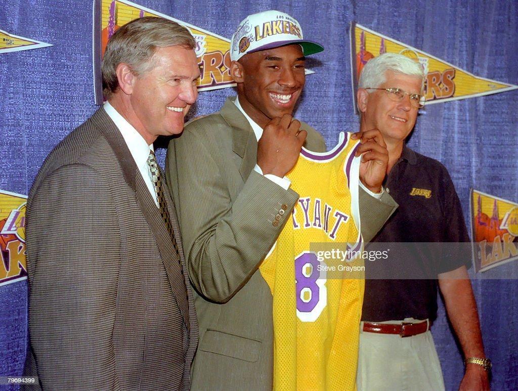 Los Angeles Lakers Introduce Kobe Bryant : News Photo