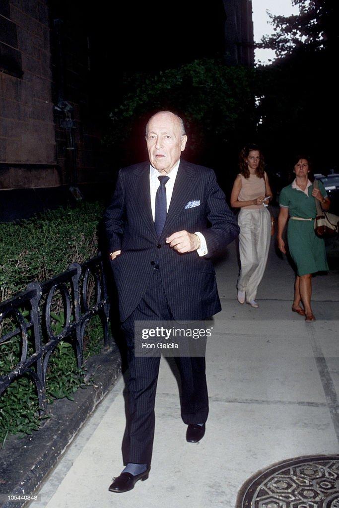 Funeral for Gloria Vanderbilt's Son, Carter Cooper - July 26, 1988 : News Photo
