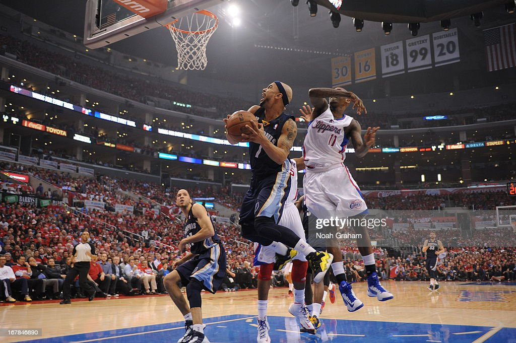 Jerryd Bayless #7 of the Memphis Grizzlies drives to the basket against the Los Angeles Clippers at Staples Center in Game Five of the Western Conference Quarterfinals during the 2013 NBA Playoffs on April 30, 2013 in Los Angeles, California.