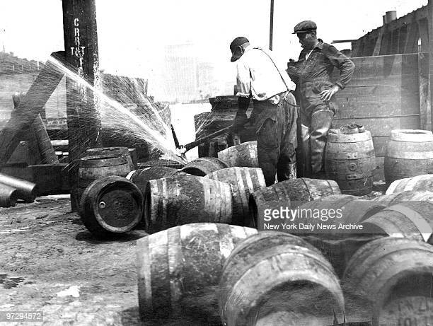Jersey Central Railroad Terminal Two carloads of beer was poured into the Hudson River when dry snoopers poured 600 barrels of Jersey beer into it...