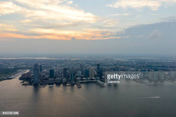 jersey city skyline and cityscape - jersey city stock pictures, royalty-free photos & images