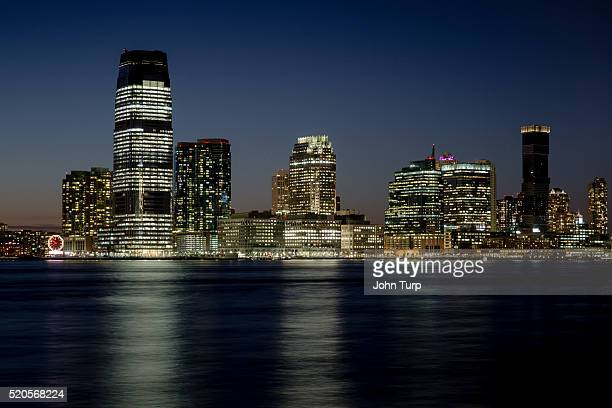 jersey city skyline at night - west new york new jersey - fotografias e filmes do acervo