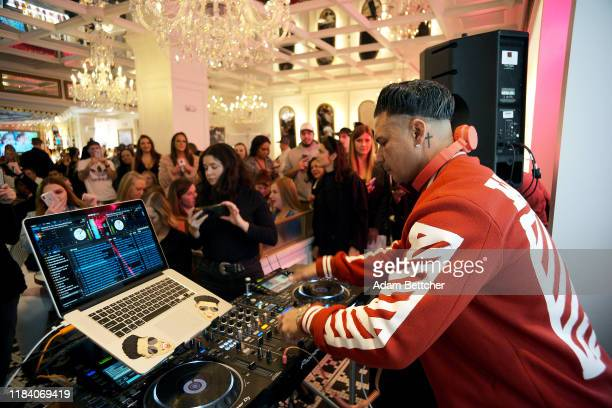 Jersey Shore star and DJ, Pauly D performs at the grand opening of the Sugar Factory at Mall of America on November 22, 2019 in Bloomington,...