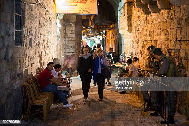 jerusalem old city at night - palestinian stock pictures, royalty-free photos & images