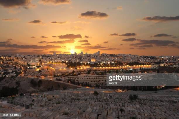 jerusalem old city sunset night aerial view - jerusalem imagens e fotografias de stock