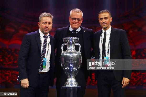 Jerzy Brzeczek Head Coach of Poland Janne Andersson Head Coach of Sweden and Luis Enrique Head Coach of Spain pose for a photo with the Henri...